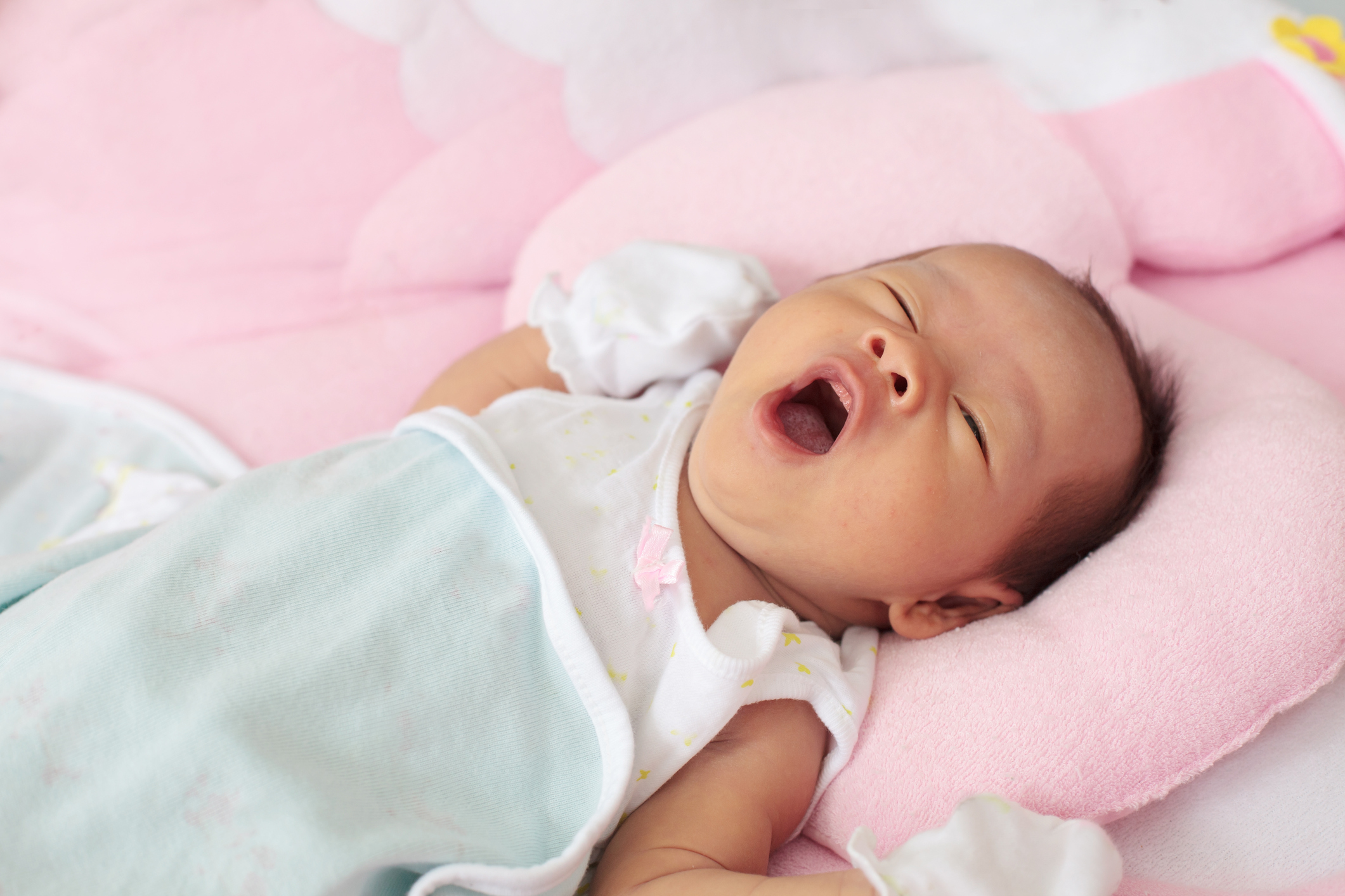 早產嬰幼兒家長需要注意家居環境的安排及在照顧上作調適。