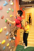 Climbing wall is suitable for children with various levels of physical fitness.
